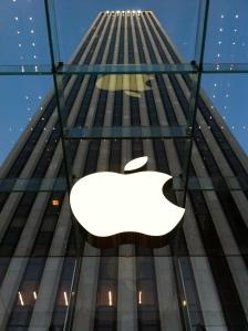L'ultima perla: l'ingresso dell'Apple Store più grande del mondo!